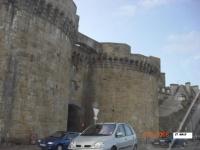 les tours du rempart de st Malo