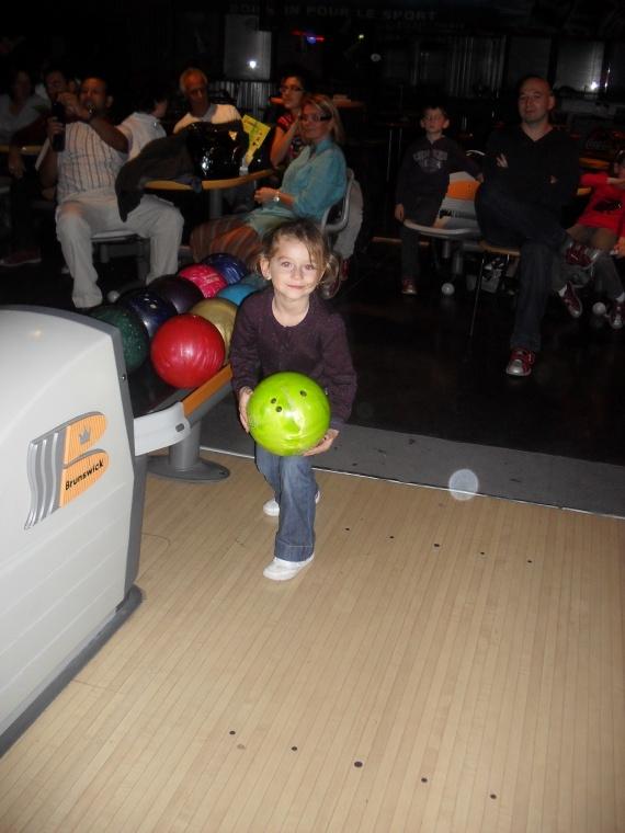 Valentine bowling