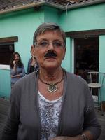 Mamie Claudine soirée moustache