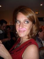 Peggy soirée moustache