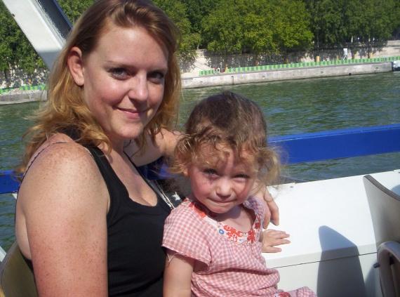 Valentine et maman bateau Paris