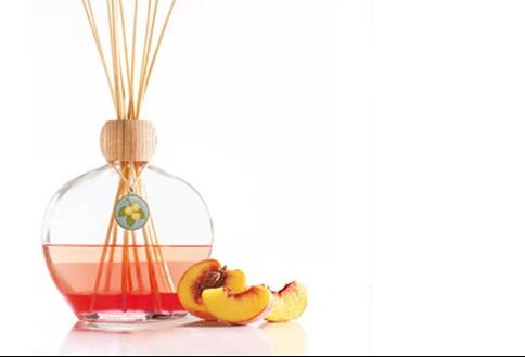 flameless-vanilla-peach-big