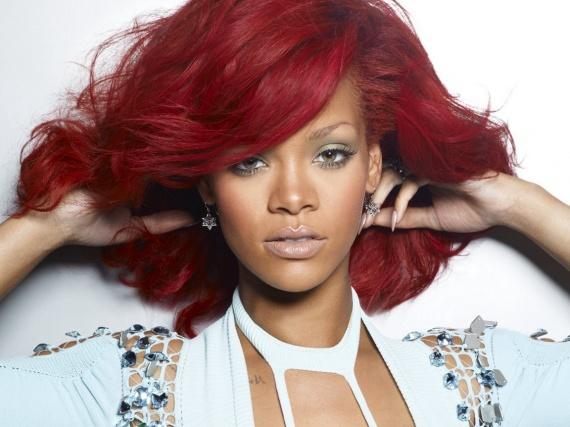 5620 rihanna cheveux rouges wallfizz - Coloration Cheveux Pour Mtisse