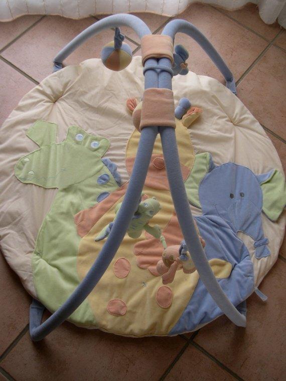 Bébé 9 Tapis D éveil Idées Dimages à La Maison