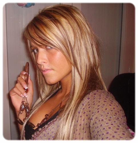 Meches blondes et chocolat - Meche blonde sur cheveux brun ...