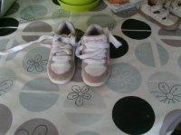 Baskets de marque Skechers pointure 27 10 euros