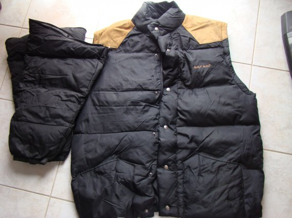 sélection premium 9b8d0 b189b Doudoune noir Taille 1 Marque NAF NAF - Vêtements homme ...