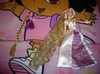 petite Raiponce pour Gabi (avec accessoires) et Raiponce mariée pour Ilo (avec accessoires)