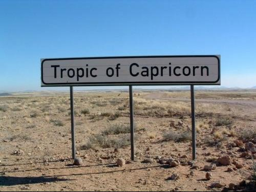 800px-Tropic_of_capricorn_Namibia