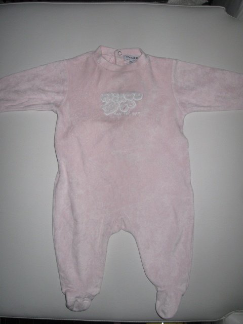 Pyjama rose velour 2€
