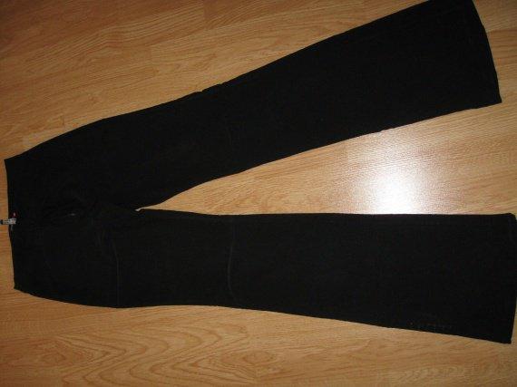 pantalon droit JENNYFER T36 4€
