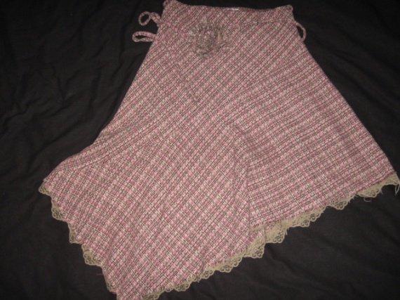 jupe ANGE en laine T1 rose/chocolat/ivoire dentelle en bas 3€ NON SOLDE