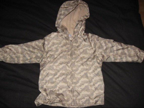 coupe vent camouflage 6€