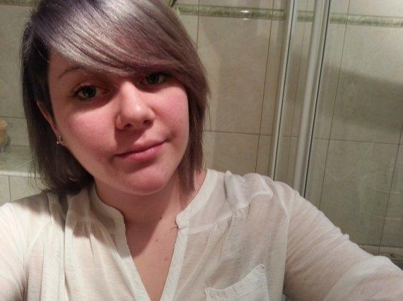 cheveux gris1 votes1 vote0 vote1 votes1 vote0 votevoir limage en grand - Coloration Cheveux Gris Argent