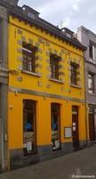 La maison jaune (3) / Boule de bleu / Bergen, Henegouwen, België