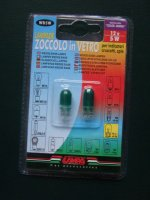 2 lampes 12 volts 5W couleur vert 1€