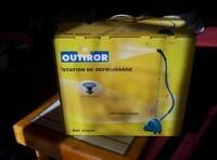 Outiror 23524 - Station de defroissage 70€