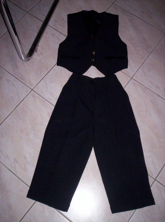 costume petit mec 4 ans 10€