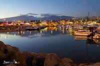 la nuit tombe sur le port