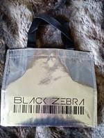 NEUF petit sac BLACK ZEBRA (ANATOPIK) 2€