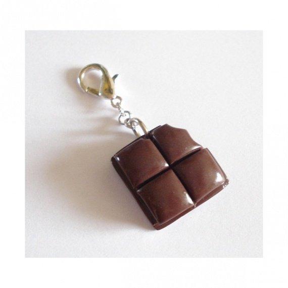 pendentif-carre-de-chocolat-pour-chien-et-chat