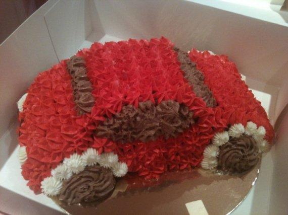gateau_voiture__cakechloes_blogspot_com