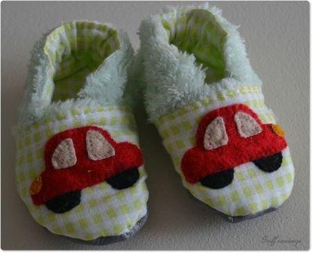 chaussons_avec_motif_voiture