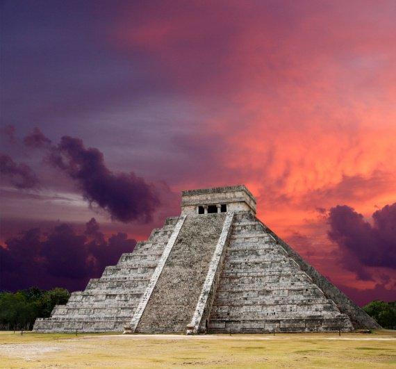Pyramide-Maya_Kukulkan