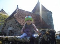 il est pas beau mon château ???oh!!!pardon!!!mon chapeau!!!