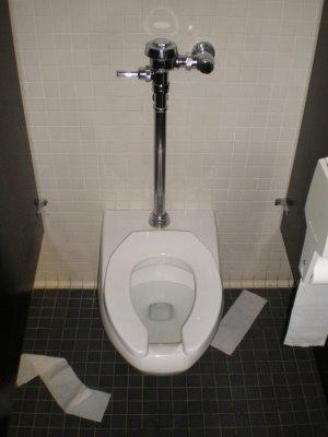 0018_toilettes 2