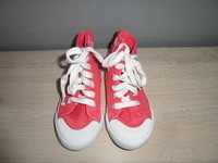 186 Converse la redoute creation rose P28 3€