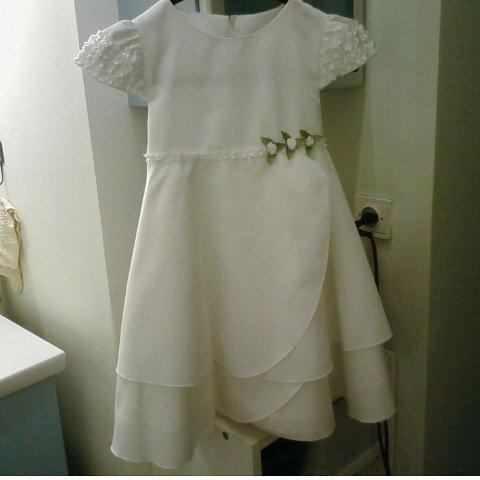 robe des petites (avec gilet vert)