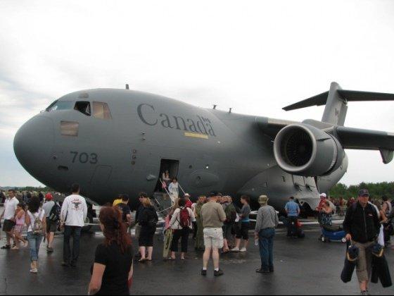 med-avion-militaire-canadien-le-c-17-visoterra-17127