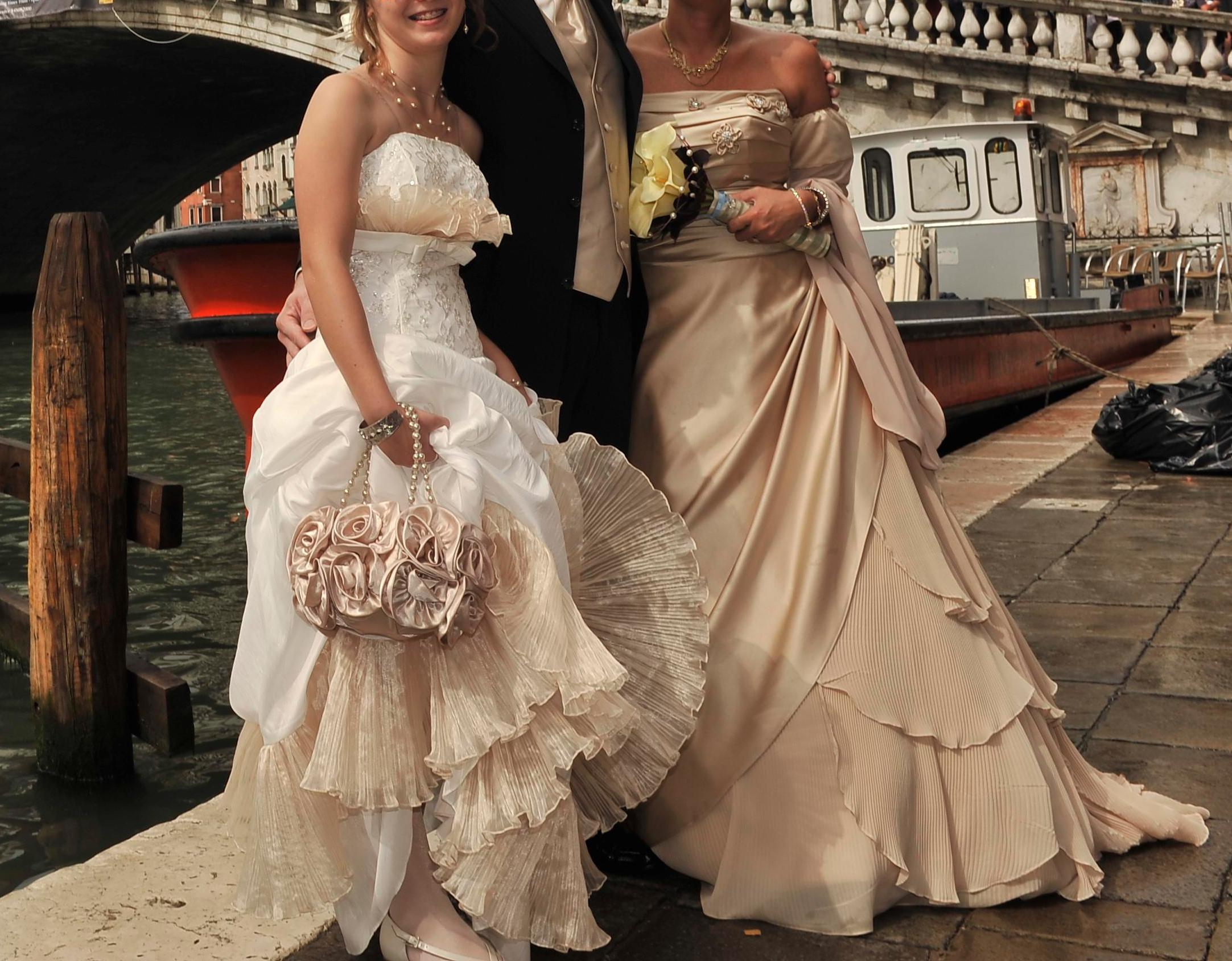 Hésitante Robe Aliexpress Robes De Mariée Mariage