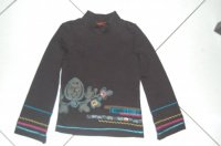 tee shirt noir 4 ans 12€