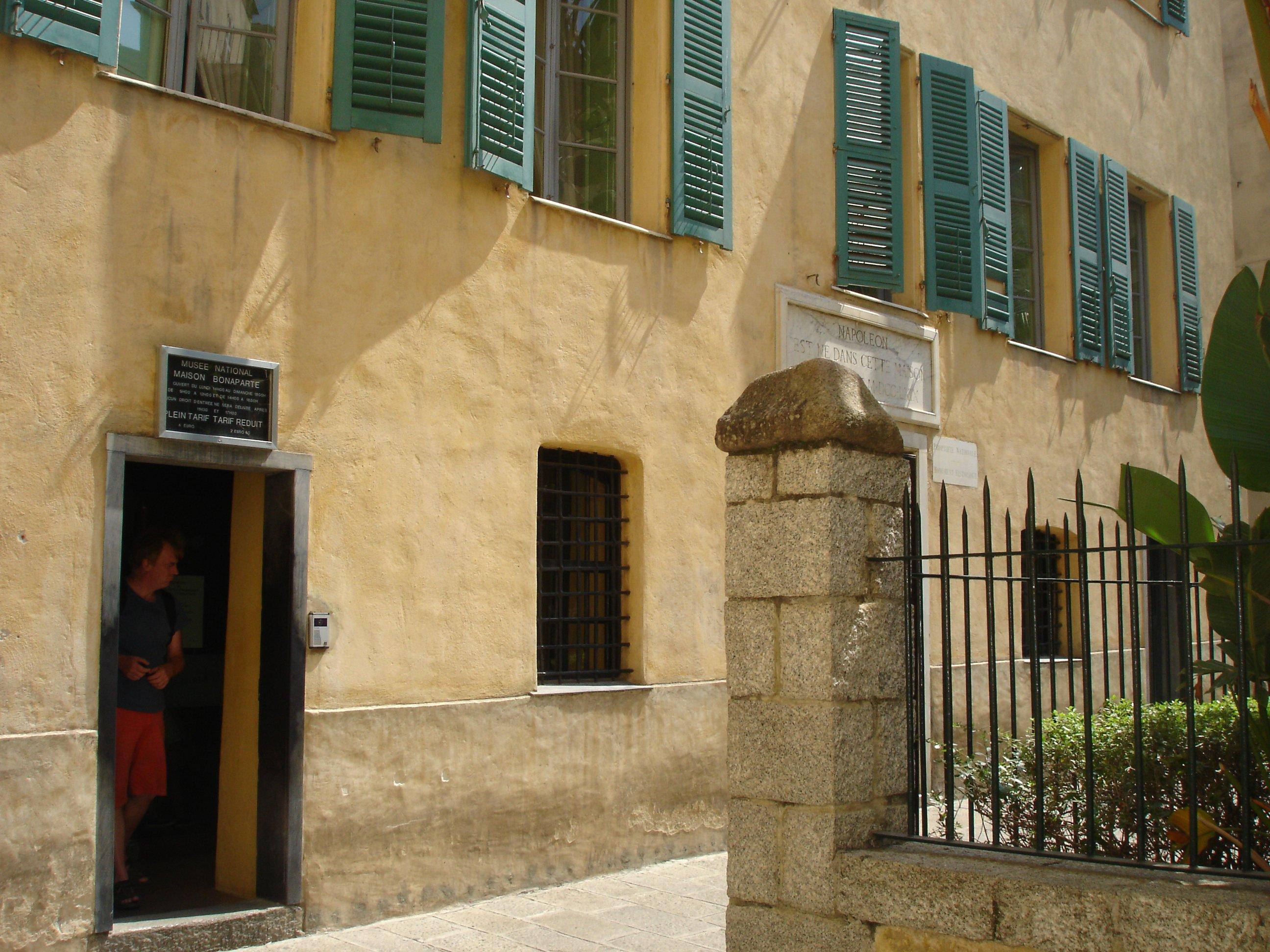 La maison de napoleon corsica gaby39 photos club for La maison club