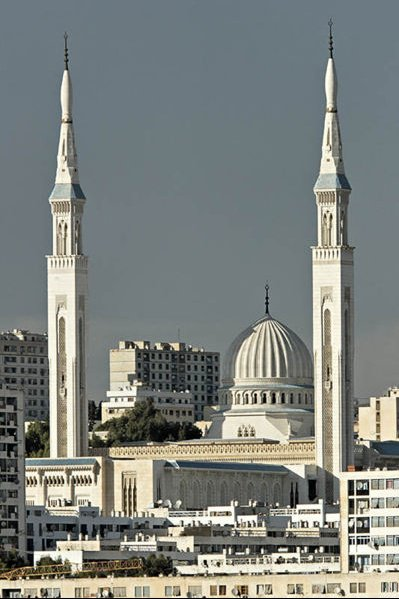 2634_399px-Amir_Ebdel_Kader_Mosque