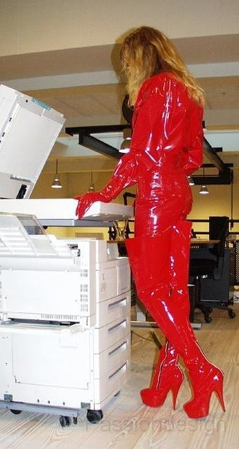 red_office5