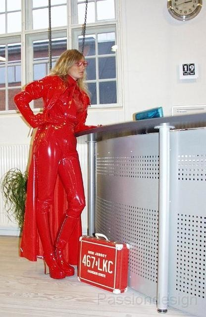 red_office2