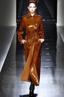 Sportmax-Trench-Coat-Fall-2011s1-546x818