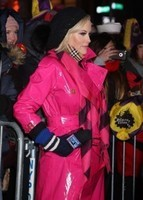 Jenny-Mccarthy_-2018-New-Years-Eve-Celebration-in-Times-Square--06-300x420