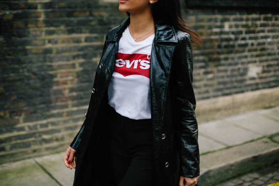 KAVITA-COLA-Sharp-Smart-Patent-Trench-and-Theory-Bag-and-Levis-T-17