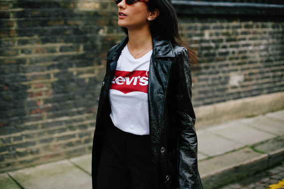 KAVITA-COLA-Sharp-Smart-Patent-Trench-and-Theory-Bag-and-Levis-T-16