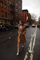 Look-Vinyl-coat-and-boots-camila-coelho4