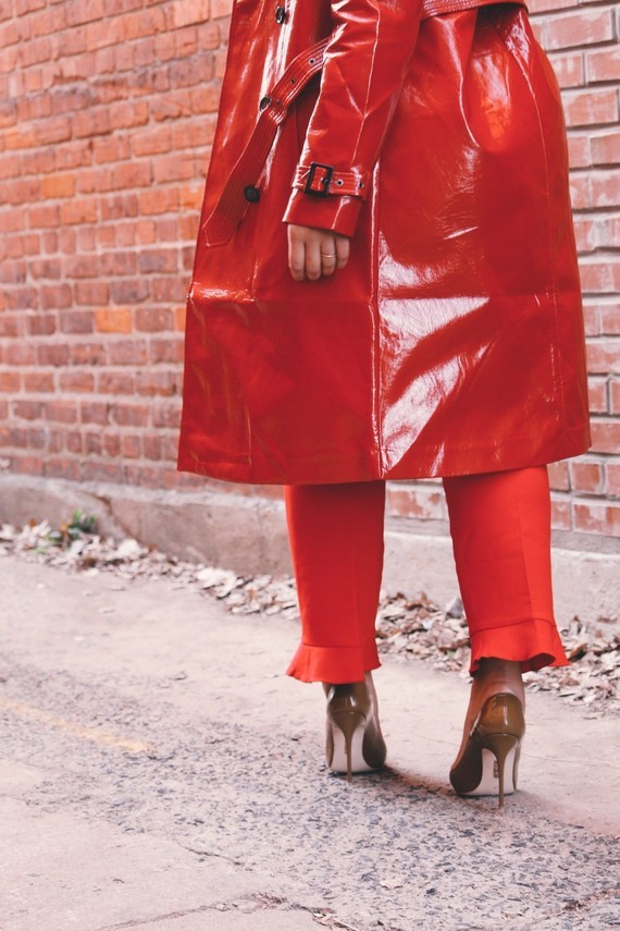 ann-taylor-ruffle-pant-cold-shoulder-tie-blouse-asos-vinyl-trench-coat-house-of-cb-paris-pumps-in-mo