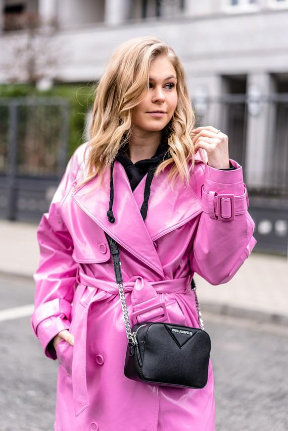 fashion-blogger-outfit-pink-trenchcoat-modeblog-sunnyinga