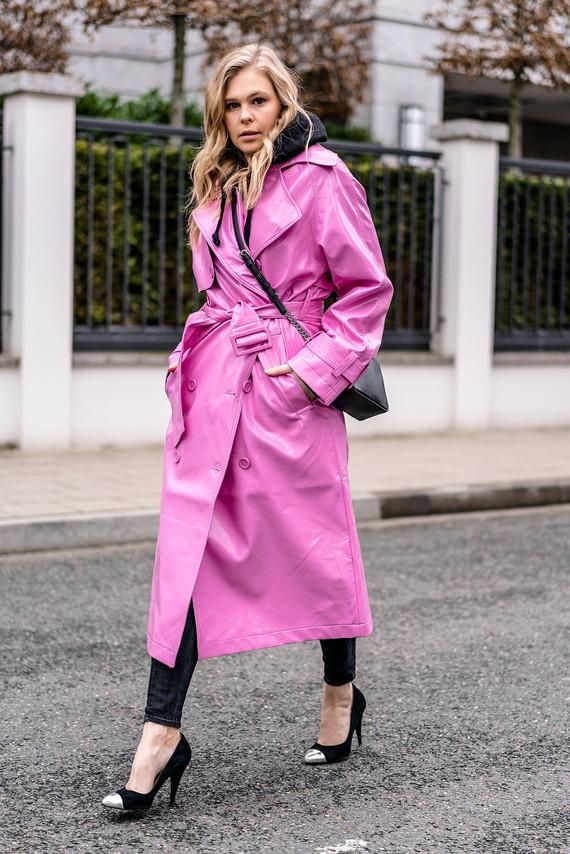 asos-vinyl-trenchcoat-pink-outfit-fashion-blogger-sunnyinga