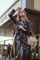 how-to-wear-beret-and-vinyl-coat-valeria-sytnik