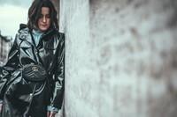 vinyl-coat-outfit-streetstyle-düsseldorf-lisa-pedigrew-fashion-blog-1024x683