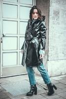 vinyl-coat-outfit-beltbag-gucci-streetstyle-lisa-pedigrew-fashion-blog-768x1152